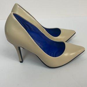 Antonia Saint New York Victoria Pump Heels 2.0 6C